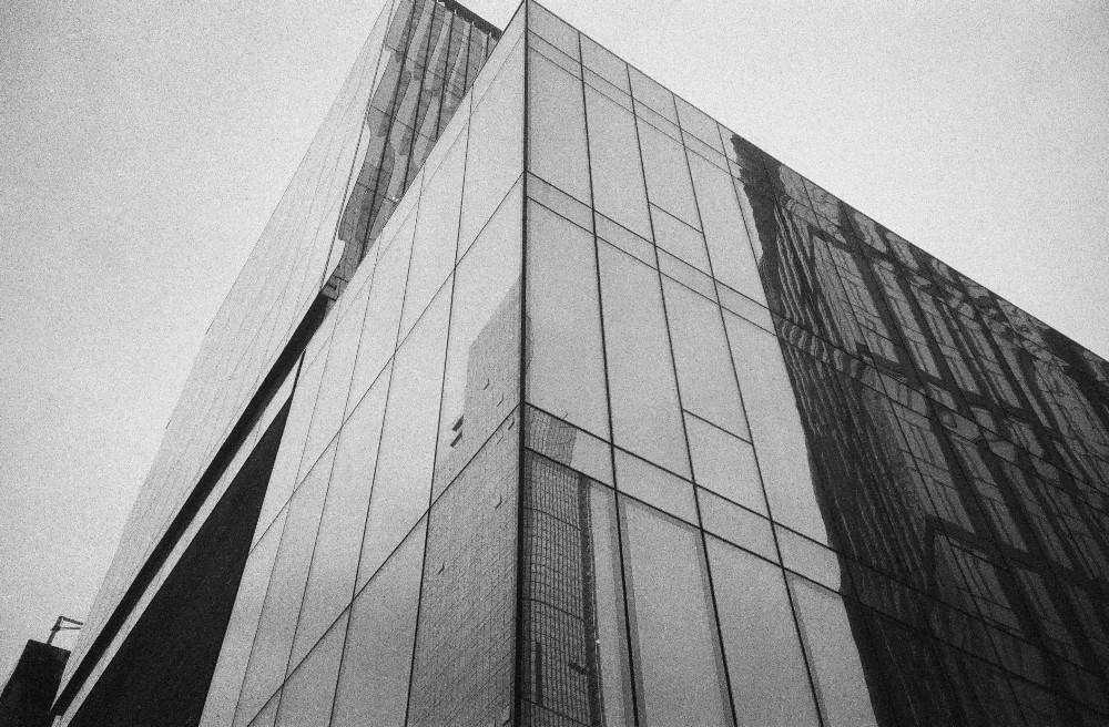 skyscraper along the high line lomography berlin kino